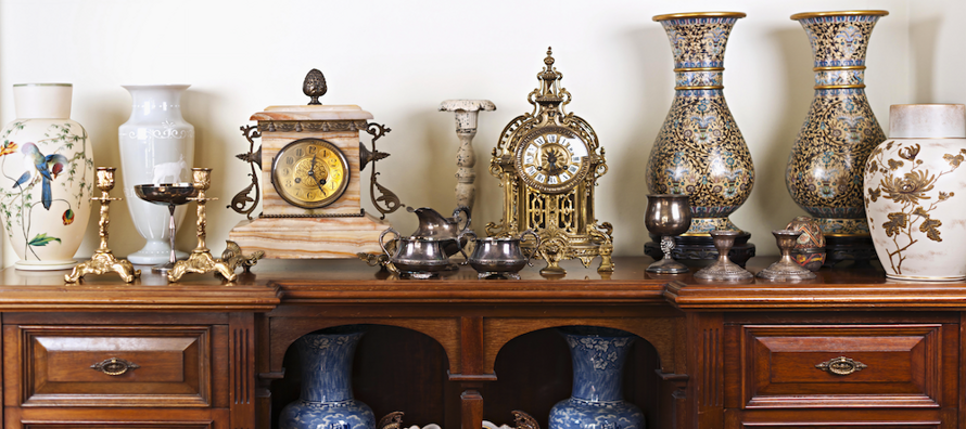 Collection and Antiques_03
